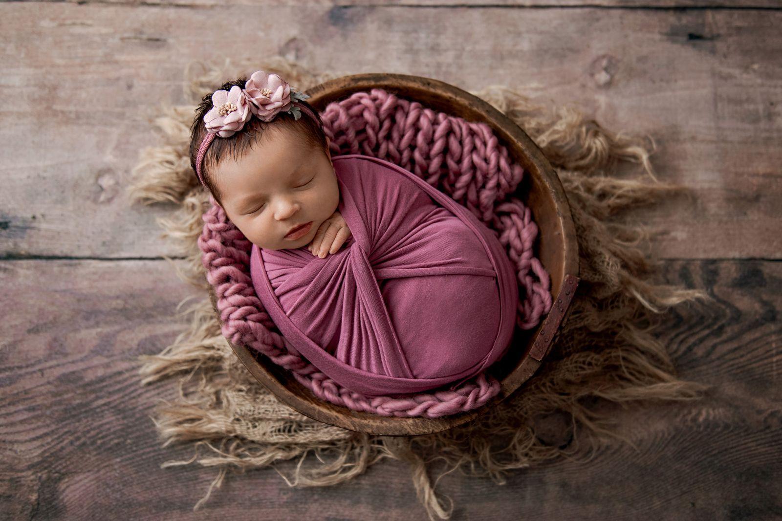 baby-girl-newborn-photoshoot-charleston-studio- (2)